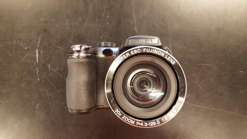 FUJIFILM Digital Camera FINEPIX S4500