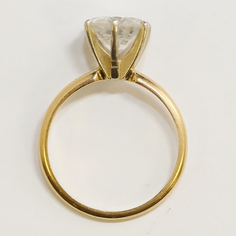14K Yellow Gold Round Brilliant Cut Diamond Solitaire Ring Size 7.5