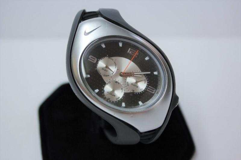 NIKE Gent's Wristwatch WR0091