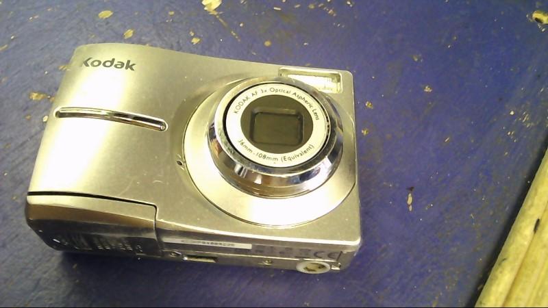 KODAK Digital Camera C713 EASYSHARE