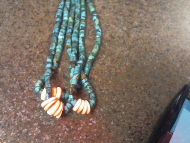 NATIVE TURQUOISE / CORAL BEADED NECKLACE