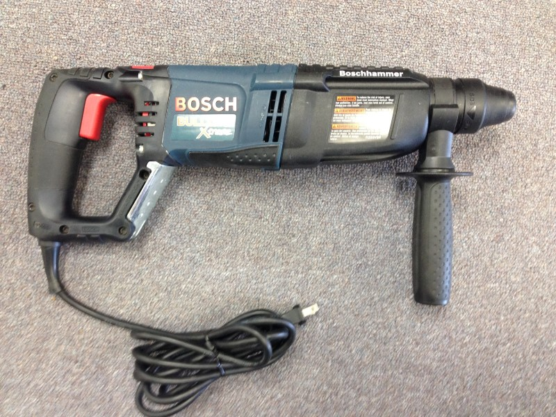 Bosch 11255VSR BULLDOG Xtreme 1-Inch SDS-plus D-Handle Rotary Hammer