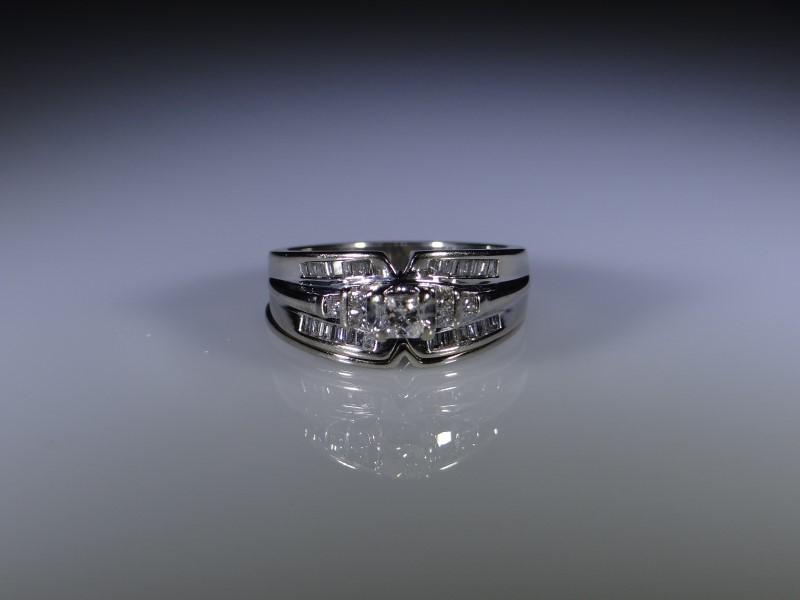Lady's Diamond Wedding Set 39 Diamonds .92 Carat T.W. 14K White Gold 6.7g
