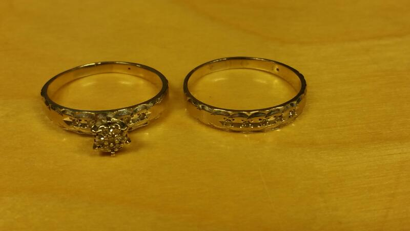 Lady's Diamond Wedding Set .01 CT. 14K White Gold 3.2dwt