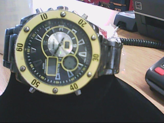 SURFACE WORKS Gent's Wristwatch 626SW