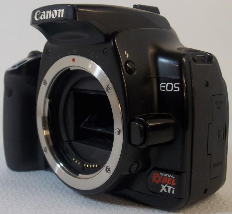 CANON EOS DIGITAL REBEL XTI 10.1MP DS126151 SLR CAMERA BODY WITH SOFT CASE