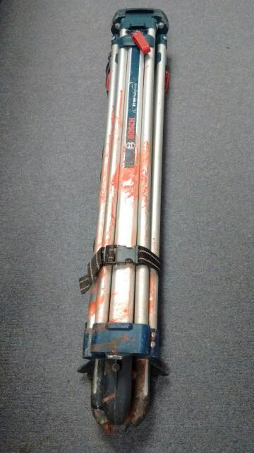 BOSCH ALUMINUM CLAMP TRIPOD BT160