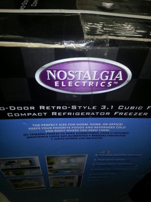 NOSTALGIA ELECTRICS REFRIGERATOR