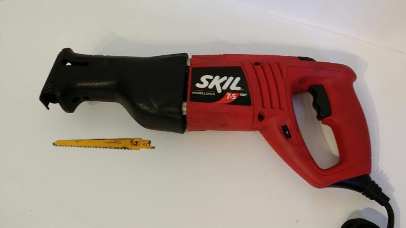 SKIL Reciprocating Saw 9200 w/ Hard Case - Free Shipping [