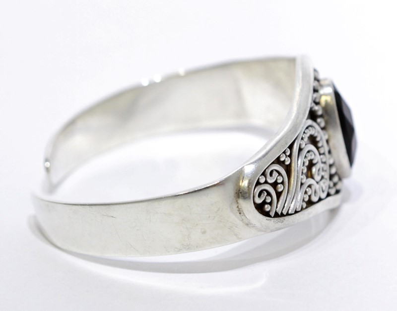 Sterling Silver Multi-Faceted Oval Black Onyx Filigree Cuff Bracelet