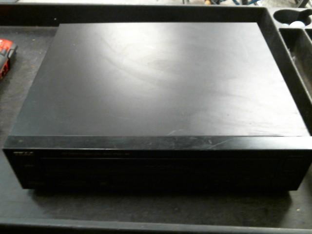TEAC CD Player & Recorder PD-D860
