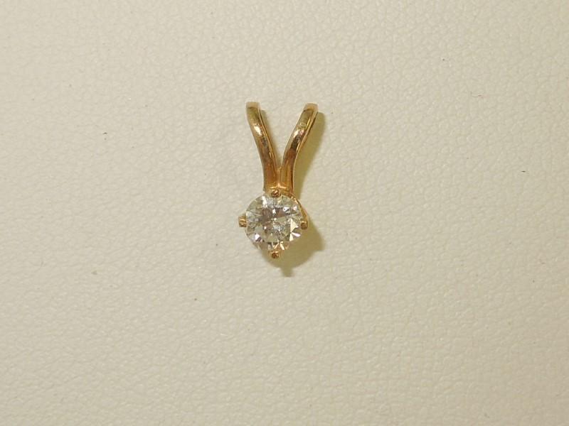 Gold-Diamond Solitaire Pendant .25 CT. 14K Yellow Gold 0.04g