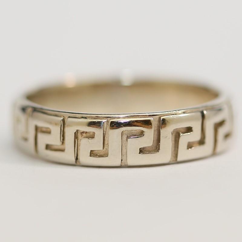 14K White Gold Geometric Aztec Style Ring Size 11
