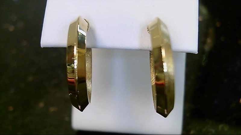 lady's 18k yellow gold hoop earring