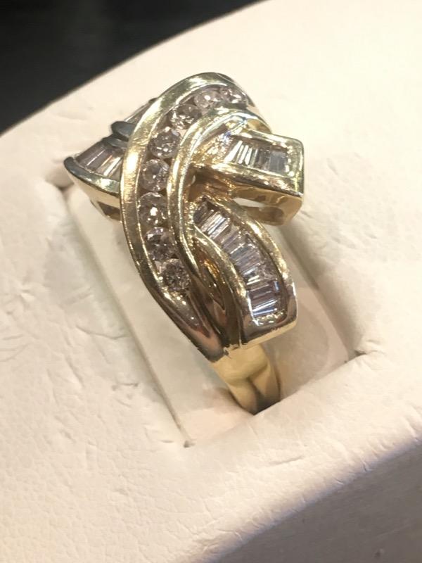 Lady's Diamond Fashion Ring 26 Diamonds .52 Carat T.W. 14K Yellow Gold 4.2dwt