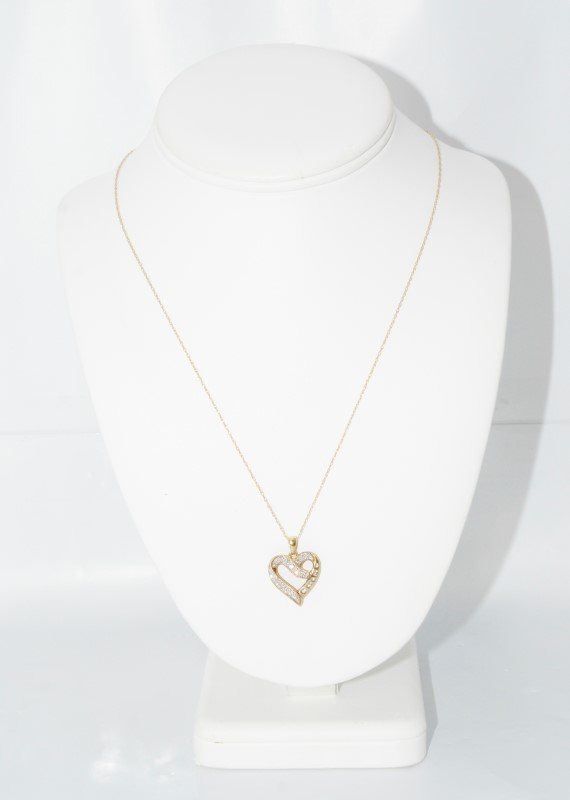 """19"""" 10K Yellow Gold Heart Shaped Diamond """"MOM"""" Necklace on Fine Chain"""