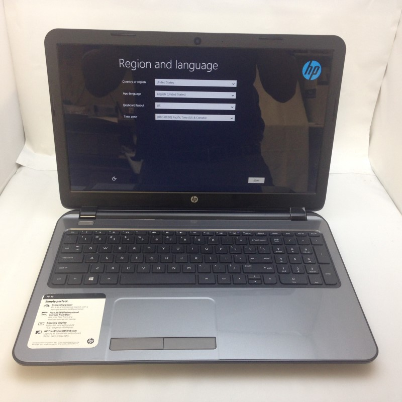 "HP Pavilion 15.6"" Win 8 500GB HDD 4GB RAM AMD 1.0GHZ Laptop"