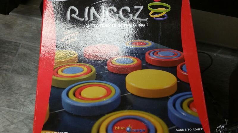 BLUE ORANGE Vintage Game RINGGZ