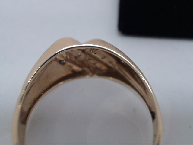Gent's Gold-Diamond Wedding Band 5 Diamonds .25 Carat T.W. 14K Yellow Gold 3.6g