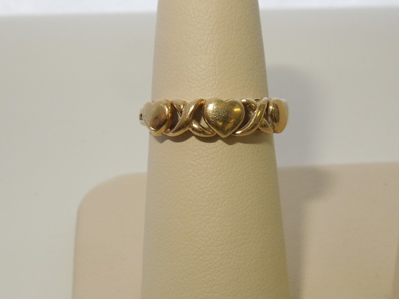 Lady's Gold Ring 10K Yellow Gold 2g Size:7