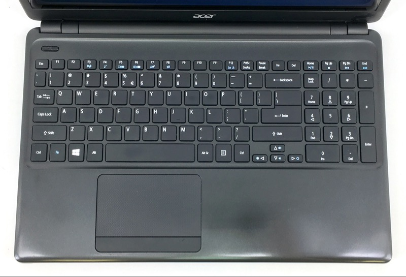 ACER ASPIRE E1 V5WE2 WIN 8.1, 750GB HD, 4GB RAM, PENTIUM 3556U