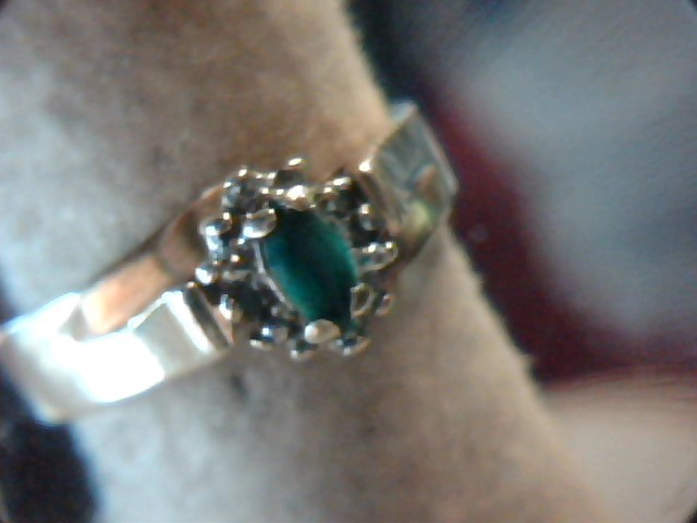 Synthetic Emerald Lady's Stone Ring 10K Yellow Gold 3.7g