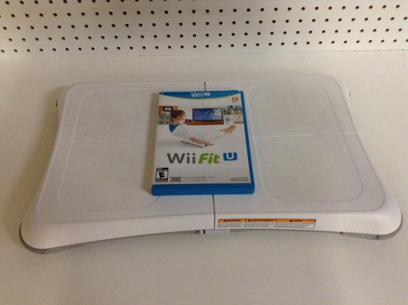 NINTENDO Wii WII CONSOLE - BALANCE BOARD BUNDLE