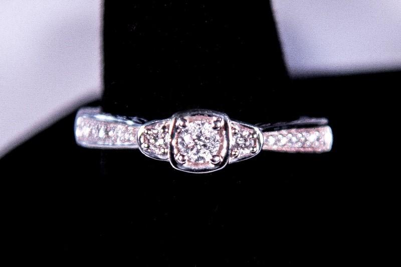 Lady's Diamond Cluster Ring 17 Diamonds .37 Carat T.W. 10K White Gold 3.1g