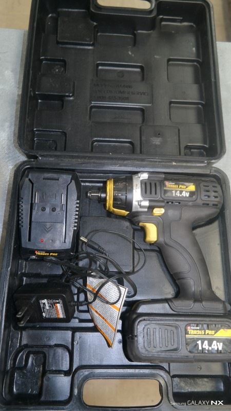 TRADES PRO Cordless Drill 837886