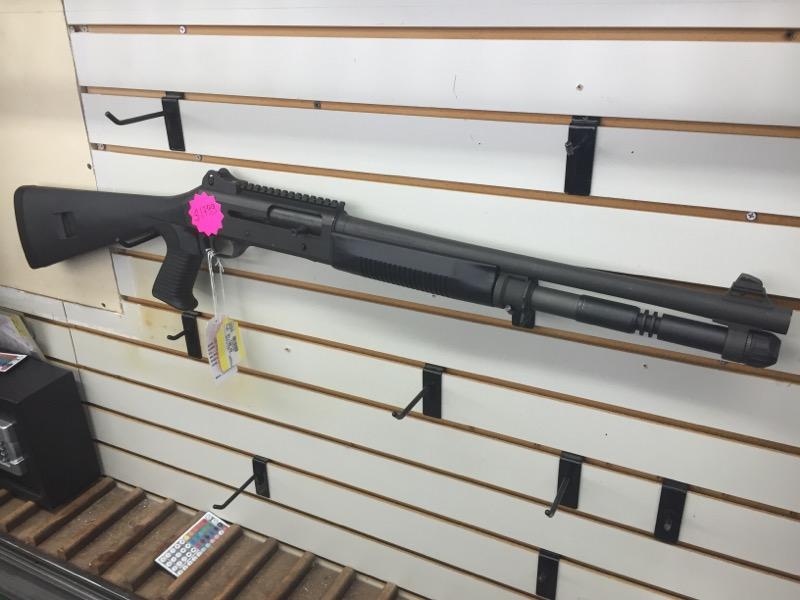BANELLI M4 SHOTGUN-BOLT  12 GA.  BLACK