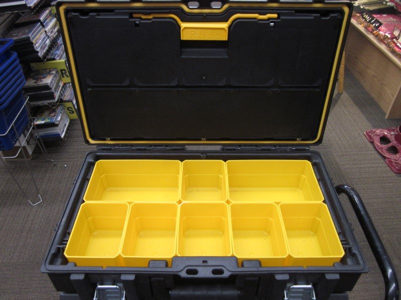 DEWALT TOUGHSYSTEM TOOL BOX SET ON CART