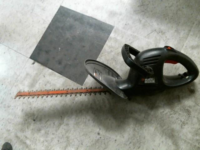 BLACK&DECKER Hedge Trimmer TR1700