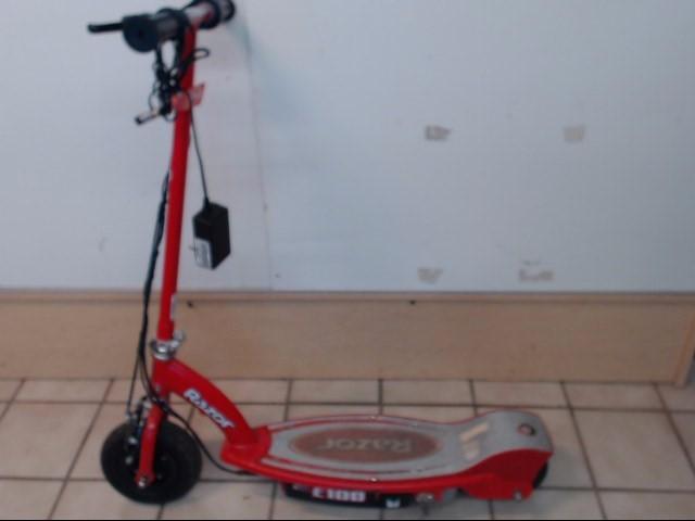 RAZOR Scooter E100