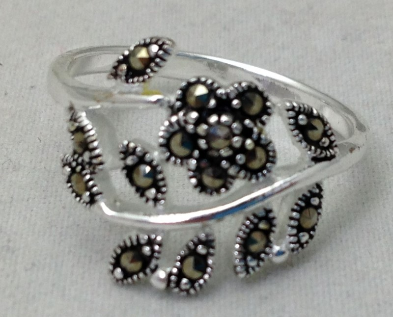 Sterling Silver Marcasite Leafy Branch Ring