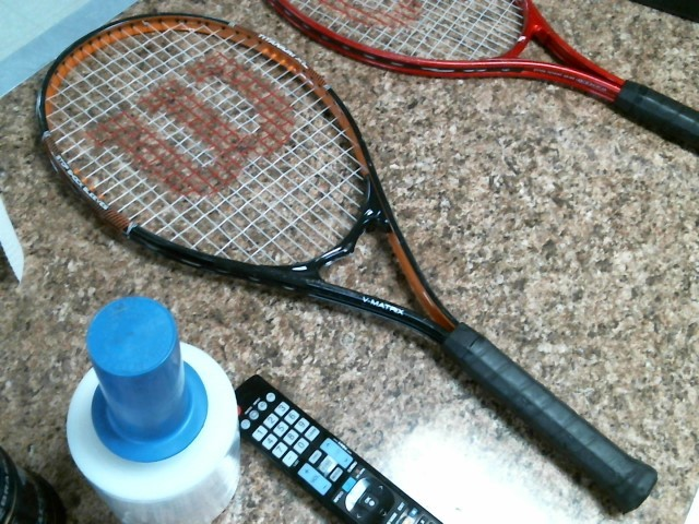 WILSON SPORTING GOODS Tennis V MATRIX