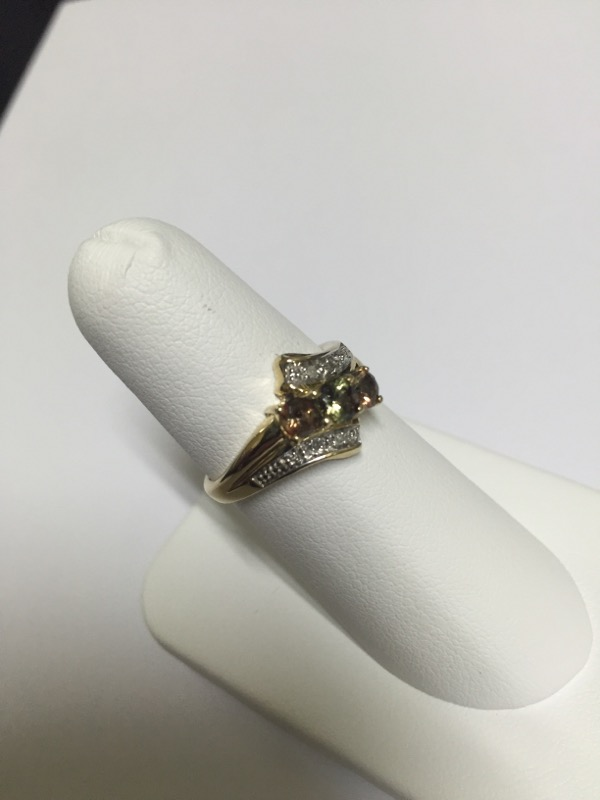 DIAMOND  CLUSTER RING L'S 10KT DIAMOND  1.7/YG