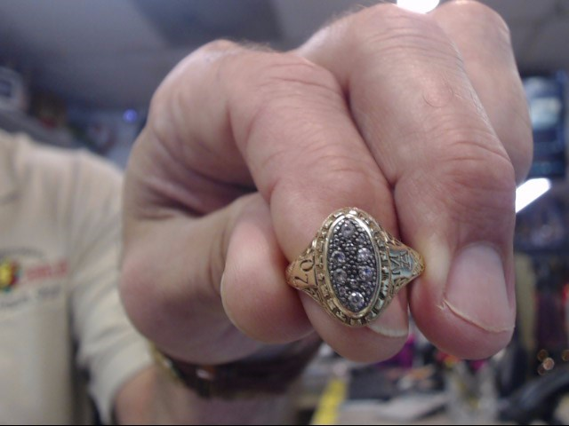 Lady's Diamond Cluster Ring 6 Diamonds .30 Carat T.W. 14K Yellow Gold 5.3dwt
