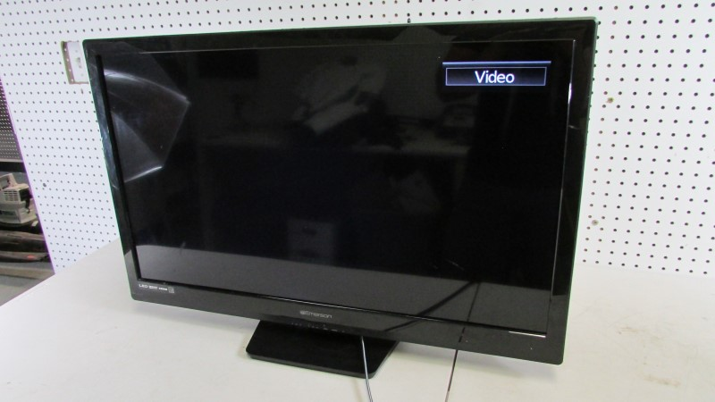 "32"" LED EMERSON Flat Panel Television LF320EM4"