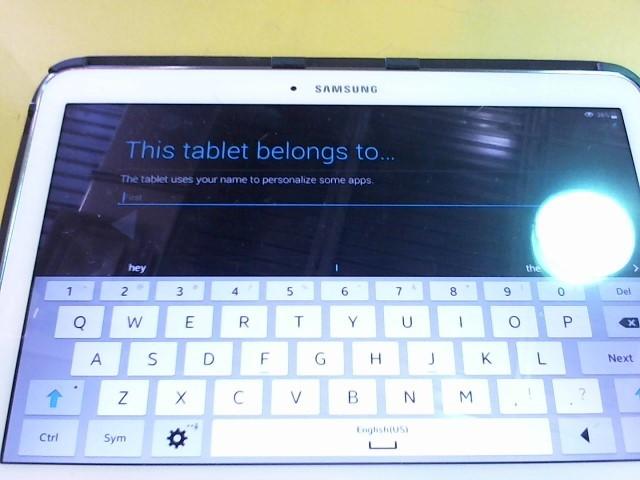 SAMSUNG Tablet SM-T530NU