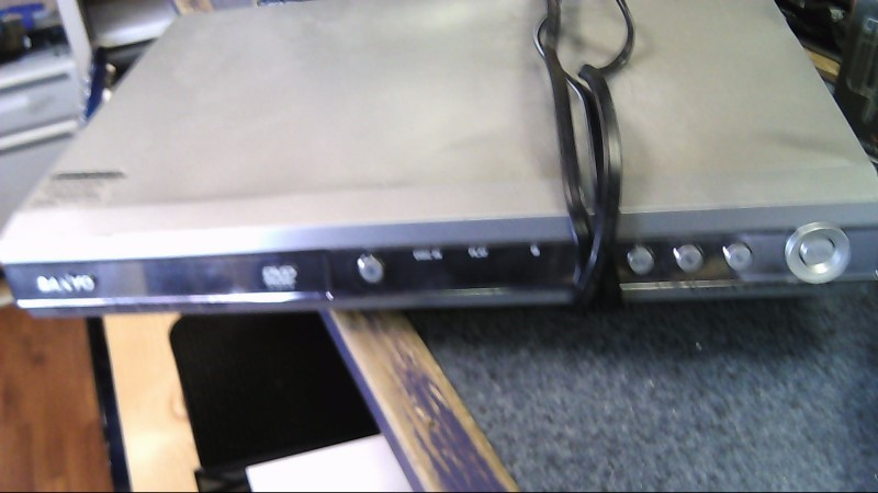 SANYO DVD Player DWM-400