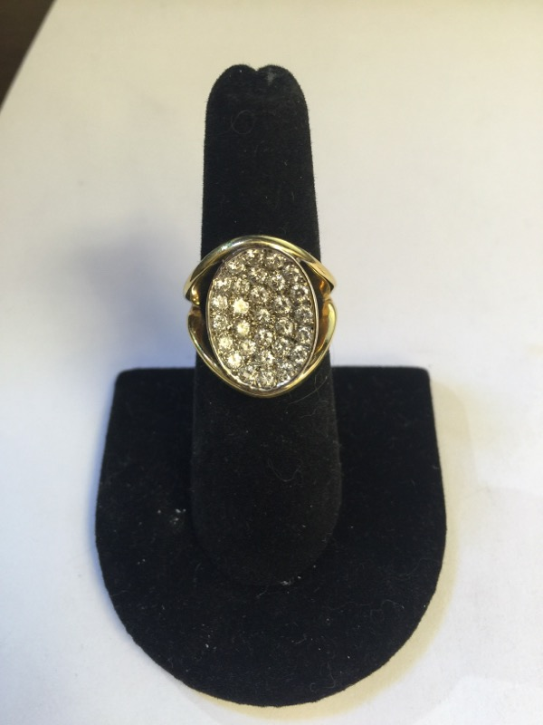 Lady's Diamond Fashion Ring 30 Diamonds 2.10 Carat T.W. 18K Yellow Gold 9.8g