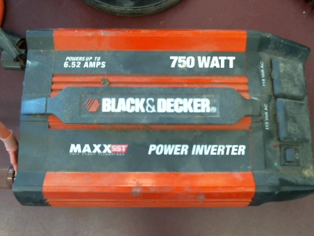 BLACK&DECKER 750WATT INVERTER VEC1047BD
