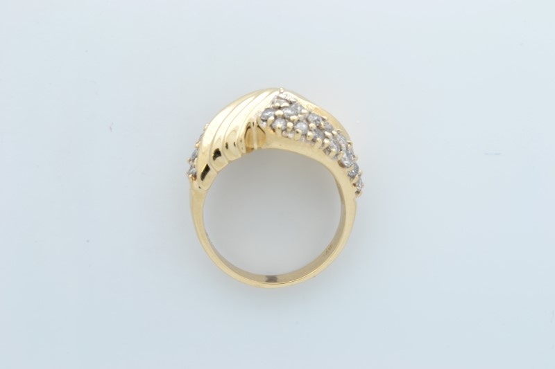 ESTATE DIAMOND RING SOLID 14K YELLOW GOLD RIBBED WAVE DESIGN SIZE 6