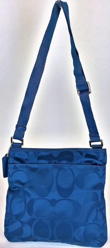 COACH F77408 GETAWAY NYLON SHOULDER BAG