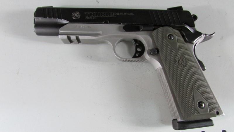 TAURUS Pistol PT1911AR