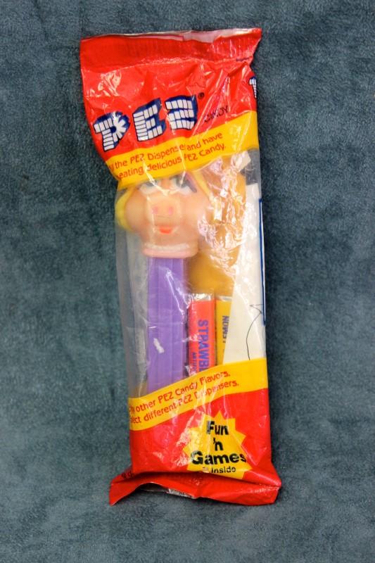 PEZ Candy Miss Piggy – Sesame Street Muppets