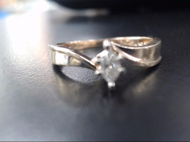 Lady's Diamond Engagement Ring .10 CT. 10K Yellow Gold 2.2g