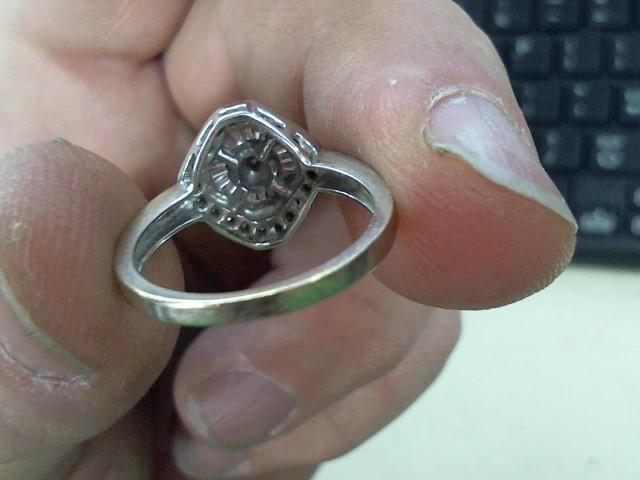 Lady's Diamond Cluster Ring 39 Diamonds .39 Carat T.W. 14K White Gold 4.3g