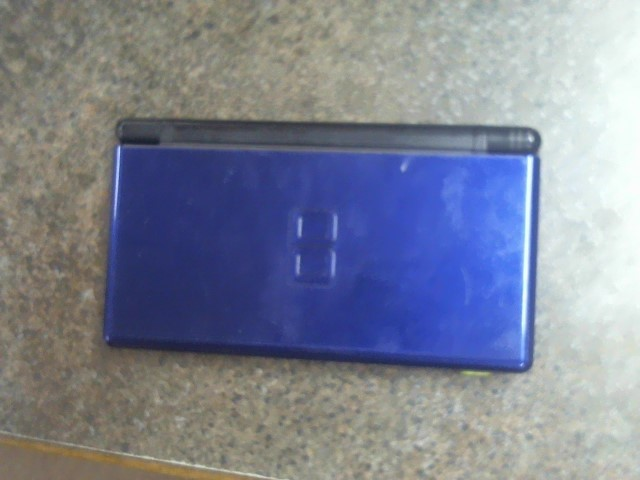 NINTENDO DS DS LITE BUNDLE- HANDHELD GAME CONSOLE