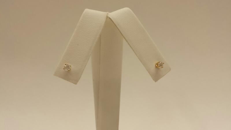 10k Yellow Gold Earings with 2 Diamonds at .24ctw - .3dwt